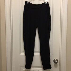 ATHLETA Jogger Black Yoga Pants  size 4.